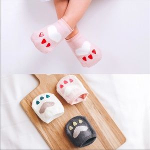 Other - TODDLER NO SKID BEAR CLAW FOOTIES